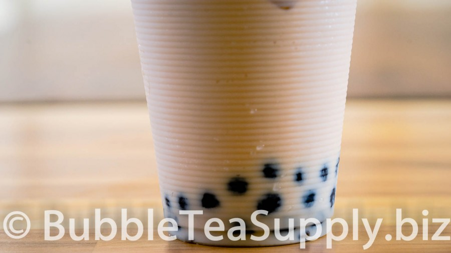 creme-brulee-bubble-tea-with-boba-tapioca-pearls-03